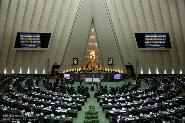 مالیات برارزش افزوده، درآمدی پایدار برای شهرداری ها و دهیاری ها